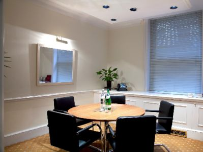 Berkeley Square Office Space - W1J